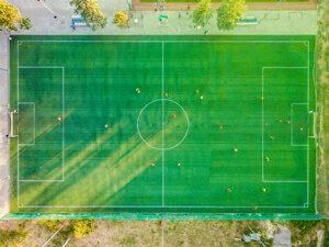 afmeting voetbalveld